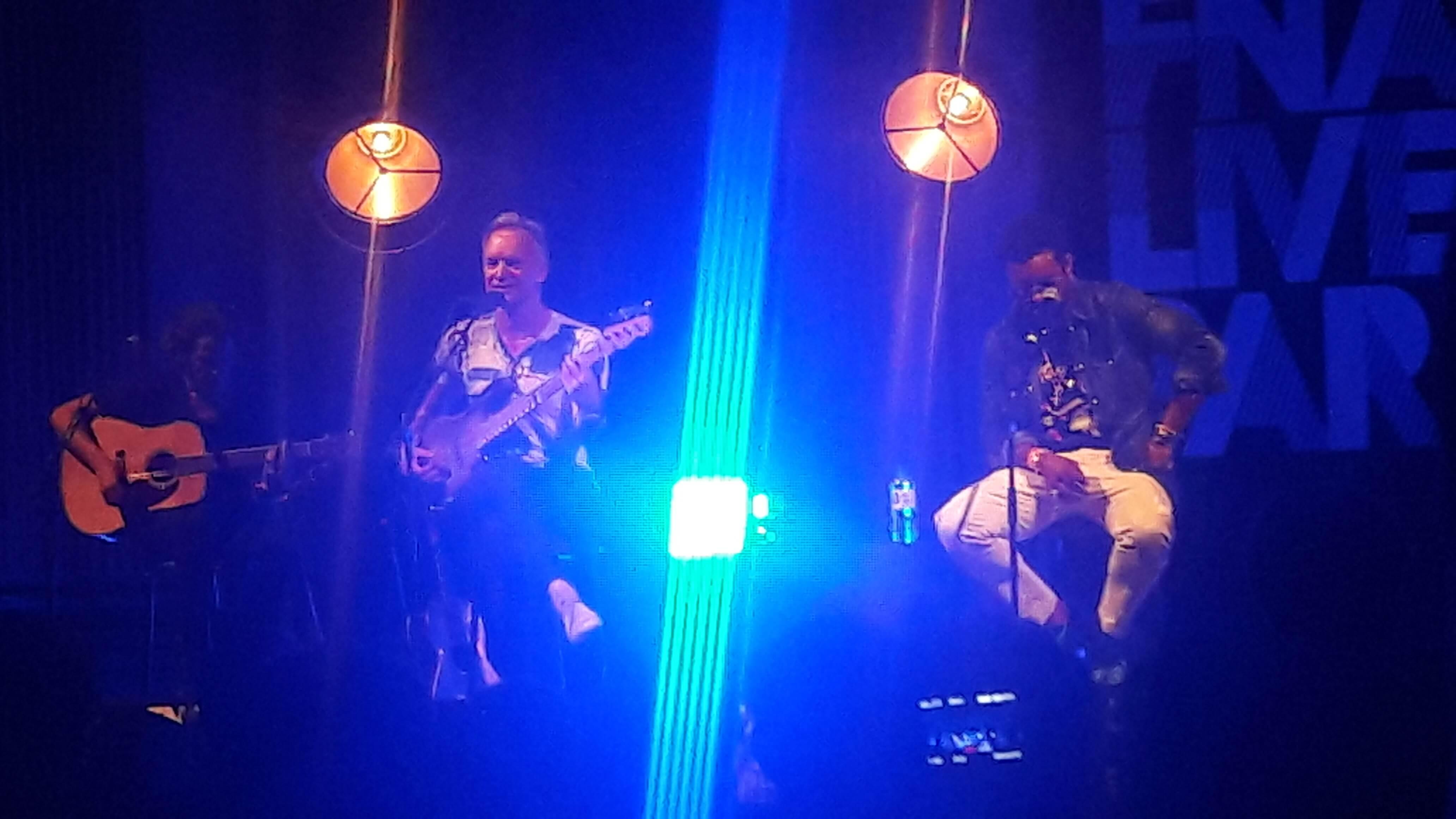 Sting A L Hotel De Ville De Paris Hier Soir A Paris Demain A Montreal